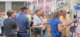 Retailers Seek Opportunities at United Hardware Market