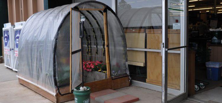Greenhouse Makes Gardening Easy