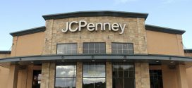 J.C. Penney Financial Exec Steps Down
