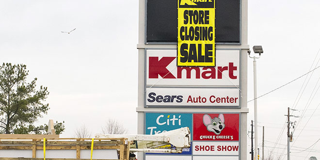 3 Reasons Retail Stores Are Steadily Closing