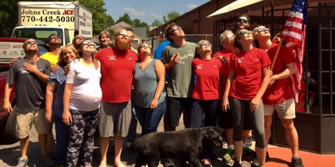Solar Eclipse Unites Retailers With Their Communities