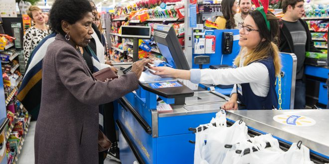 Walmart, Other Big Boxes Find Holiday Sales Drivers