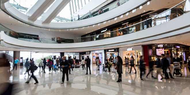 Affluent Consumers Opt to Shop Small, Avoid Malls