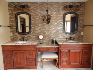 A lower seating area in the bathroom makes it easy for wheelchair use.