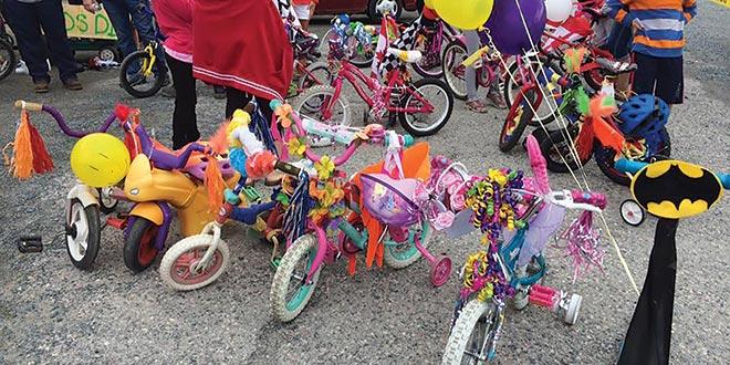 Kids Get Creative at Bike Decorating Event