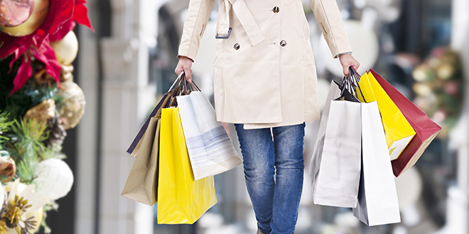 Retail Experiences Strongest Holiday Shopping Season in 6 Years