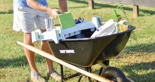 wheelbarrow caddy