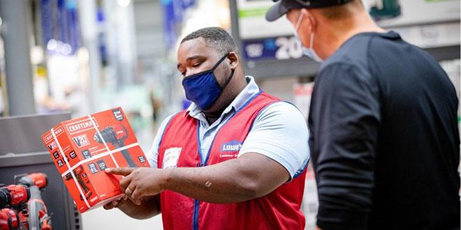 Lowe's associate helping customer