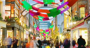 Carnaby Street Holiday Shopping